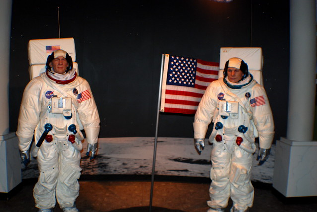 wax museum neil armstrong - photo #13