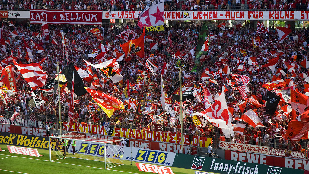 1FC Köln  VfL Bochum  Fahnentag am 23052009 in