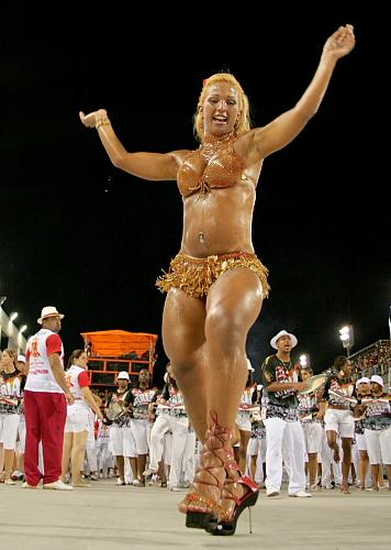 Carnaval - Rio De Janeiro - Brazil Carnival - Valeska - Ra -8142
