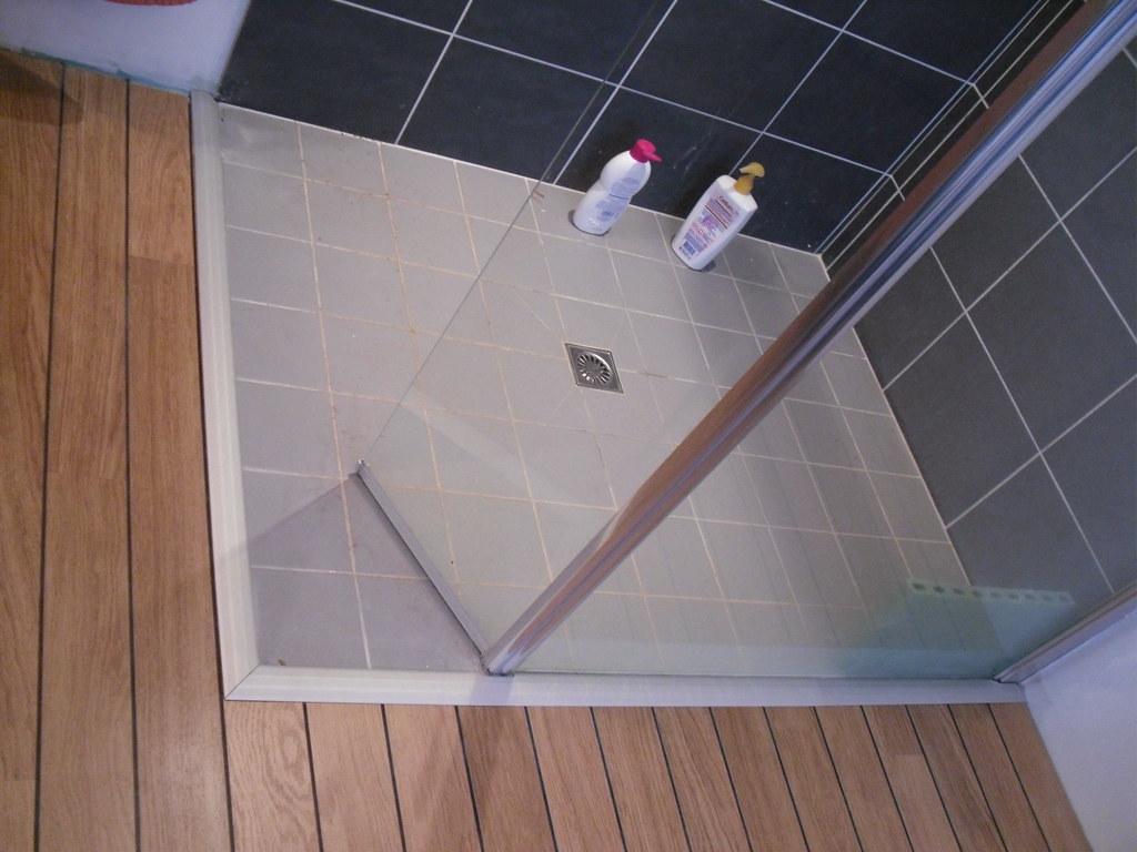 barre de seuil parquet carrelage grande longueur barreseuil with barre de seuil parquet. Black Bedroom Furniture Sets. Home Design Ideas