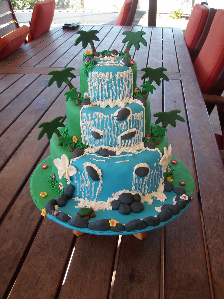 Mossy S Masterpiece Candy S Waterfall Luau Cake For Her 18