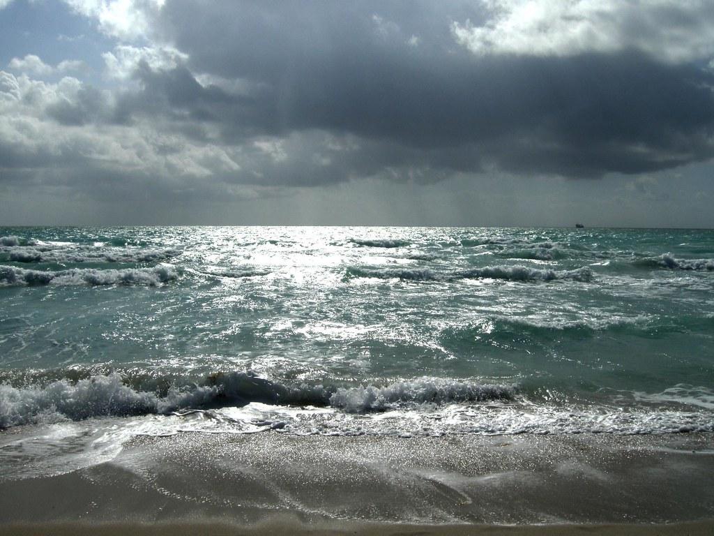 The Atlantic Ocean   A cloudy Atlantic Ocean in Miami ...