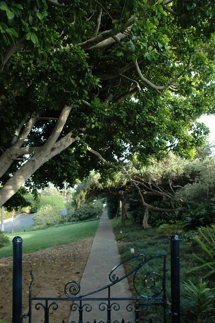 Gate Meditation Garden Self Realization Fellowship Encinitas California Usa 3590 Flickr