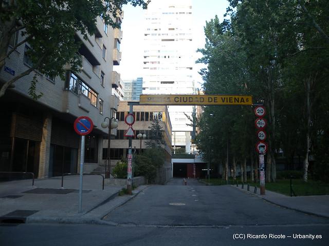 Aparcamiento plaza de la ciudad de viena 6 flickr for Plaza de aparcamiento