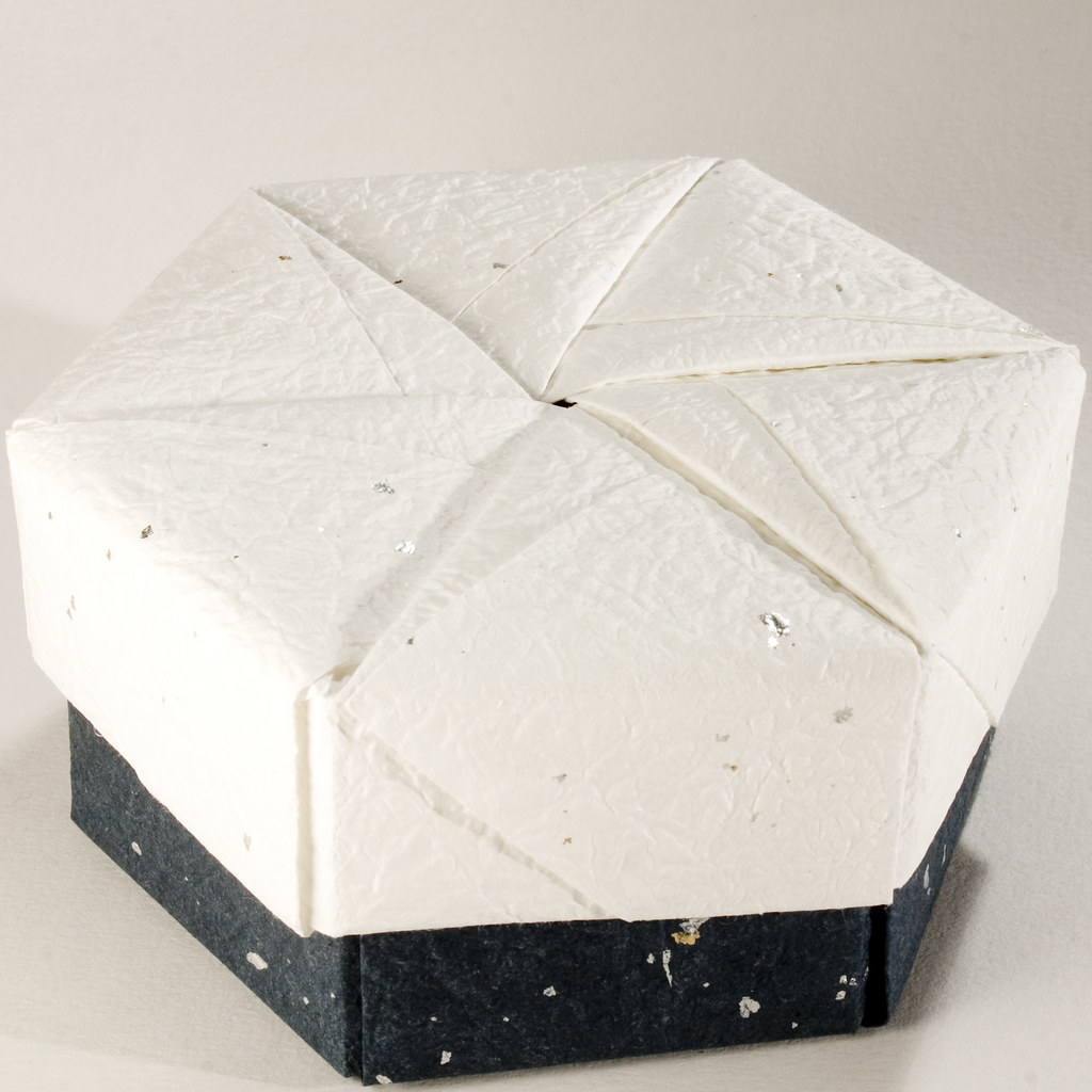 Small Decorative Gift Boxes With Lids: Decorative Hexagonal Origami Gift Box With Lid: # 20
