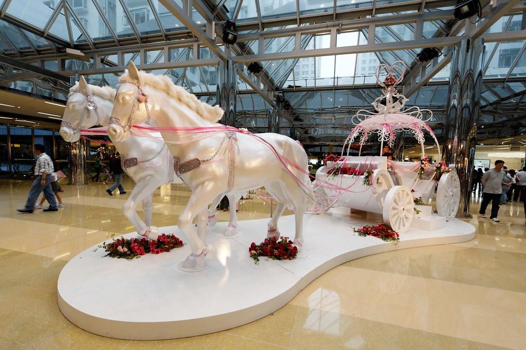 White Horse Carriage White Horse Carriage