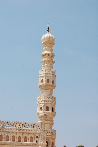 Minaret from the Gombaz, or Tippu Sultan's Mausoleum | by Sean Paul Kelley