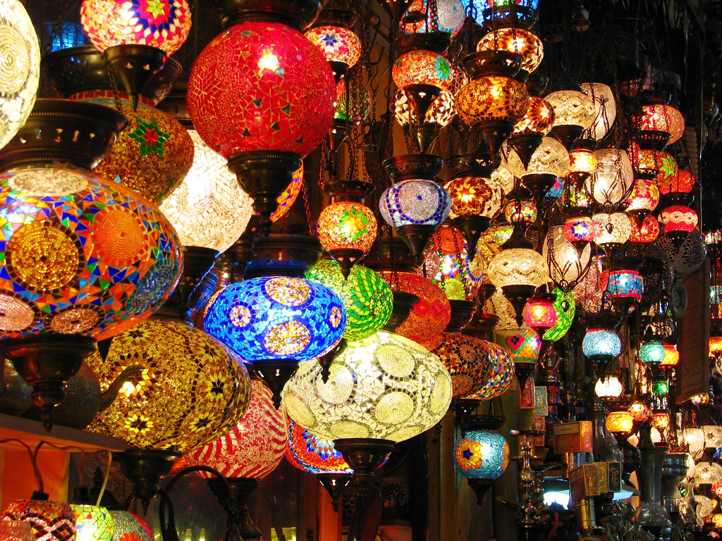 Hippie Bedrooms Lanterns Turkish Lanterns On Display In The Grand Bazaar