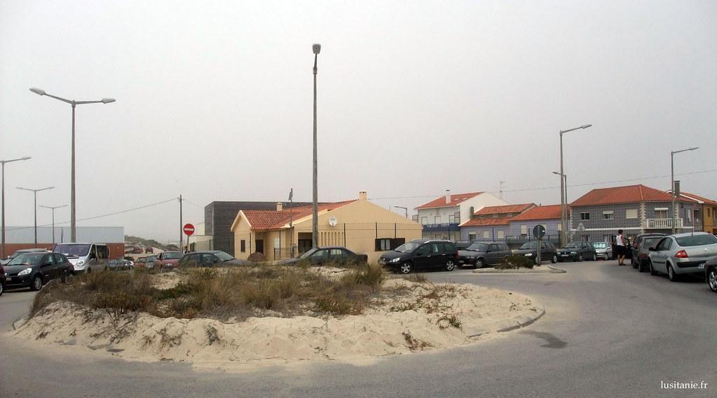 Beaucoup de sable à Praia de Mira, comme peut en témoigner ce rond point