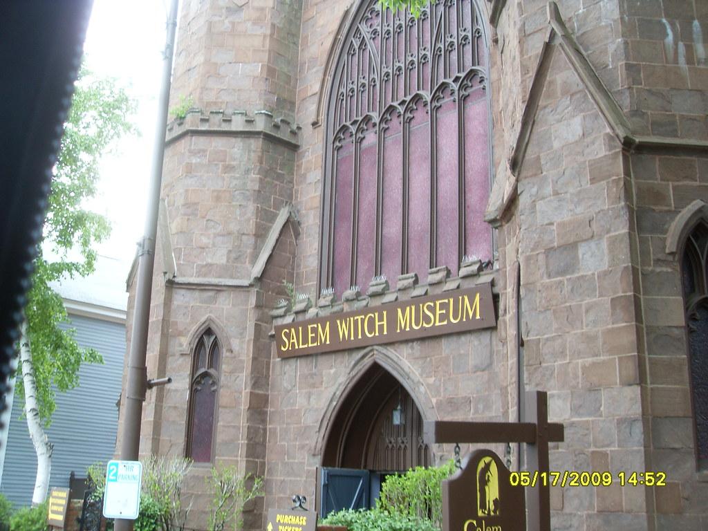 Am Salem Tour Oackagea
