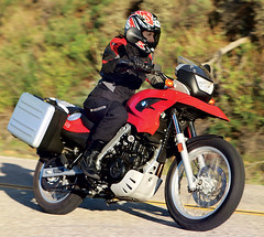 Motorcycle-Test-2009-BMW-G650GS-Tuttle-04