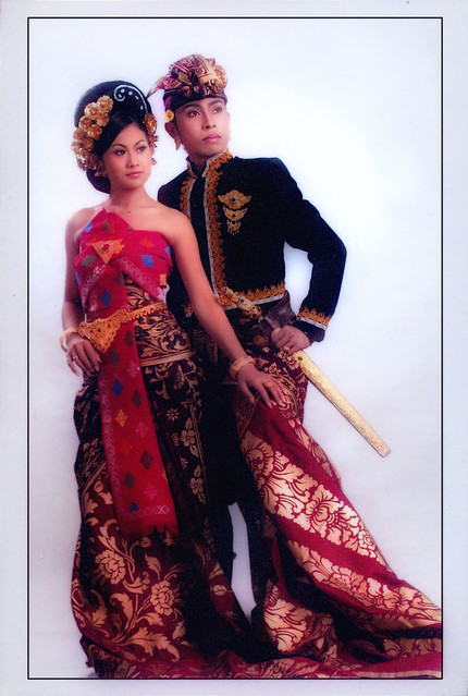 Balinese Wedding Dress View On Black Home Bali Dive