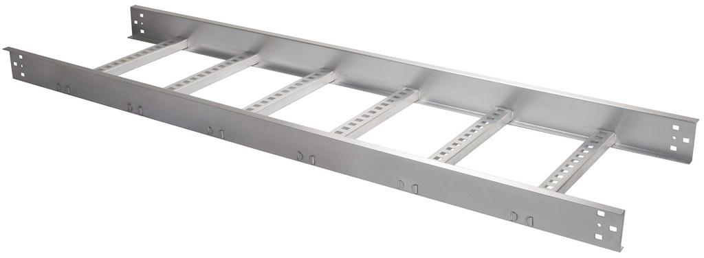 Charola tipo escalera la charola de aluminio permite el for Tipos de escaleras de aluminio