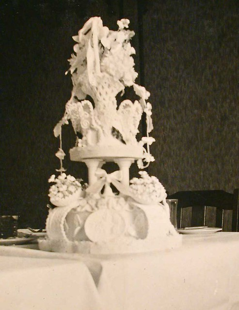 Wedding Cake With Fountain Prices