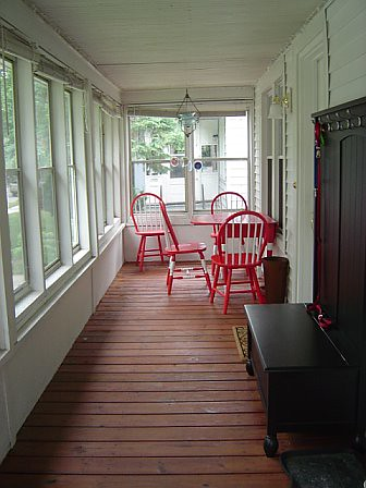 Enclosed front porch heathercohen flickr for Enclosed front porch pictures