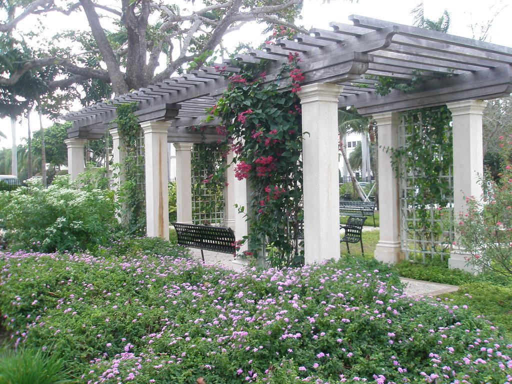 Palm Beach Four Arts Garden