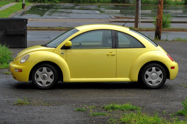 yellow vw bug sylva nc i have no idea why i took this sho nc cigany flickr. Black Bedroom Furniture Sets. Home Design Ideas