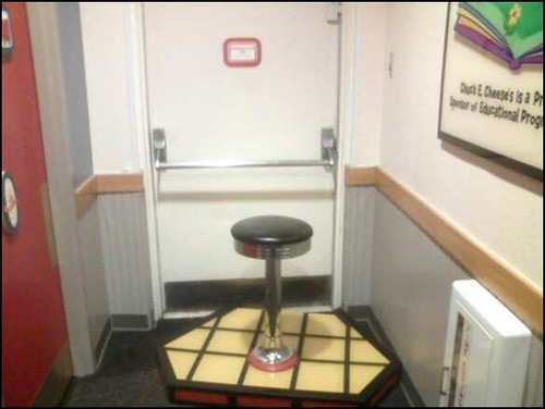 Chuck E Cheese Emergency Exit Mdgarmager Flickr