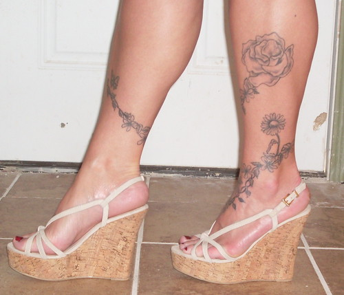 Leg ankle foot tattoo flickr photo sharing for Wrap around ankle tattoos