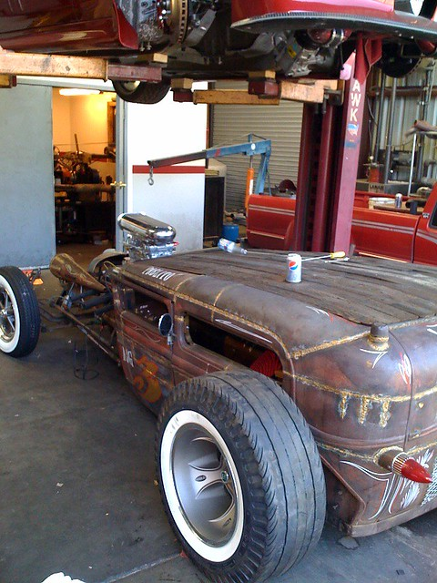 Rat rod this rat rod is being rebuilt in the garage of for Garage seat pau