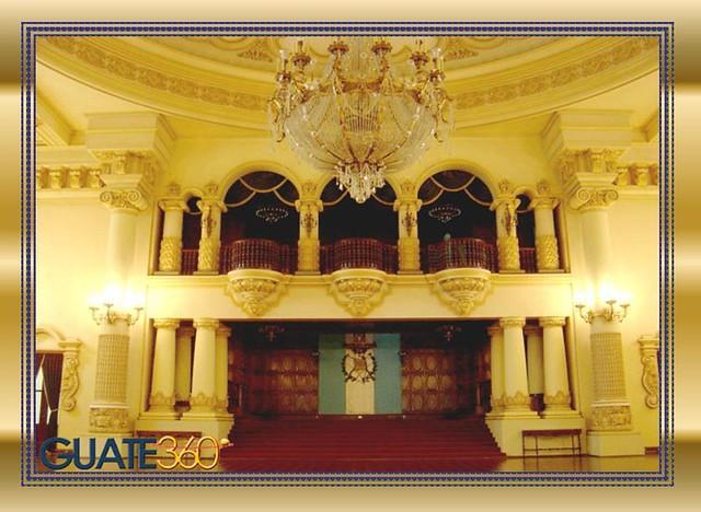 Palacio nacional interior salon de los espejos victor for Espejos salon