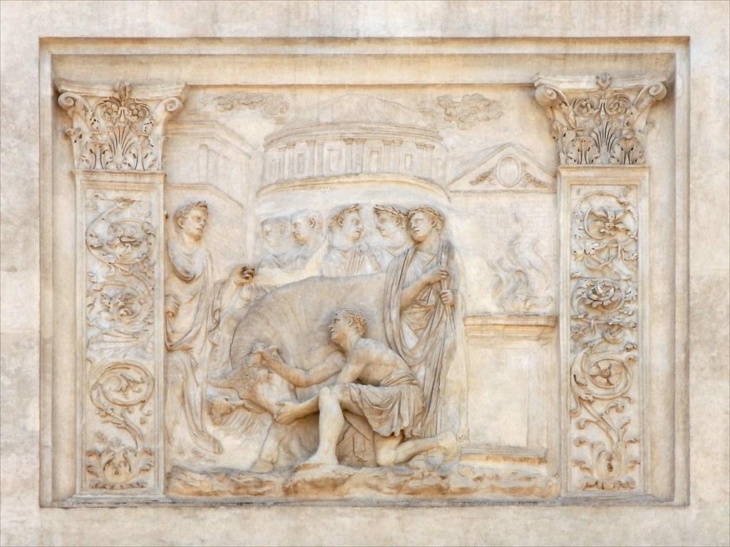 Bas relief antique sur la fa ade de la villa m dicis flickr for Jardin villa medicis rome