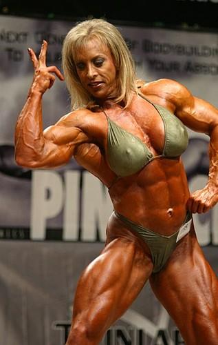 3- Extreme Body Building - Dianne Solomons   blogpaedia