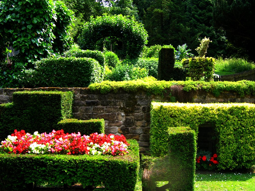 The Ingenious Cottage Garden At Chatsworth Derbyshire