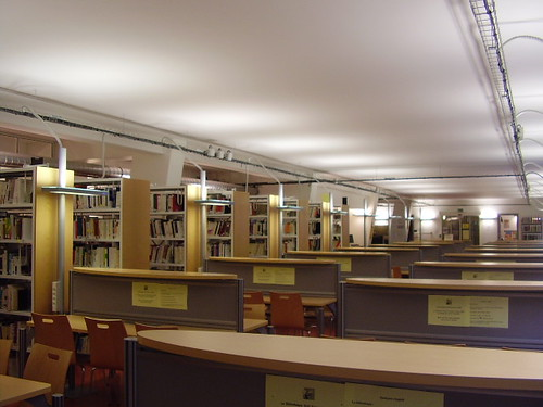 Social_sciences_library_Paris_Descartes_University-CNRS