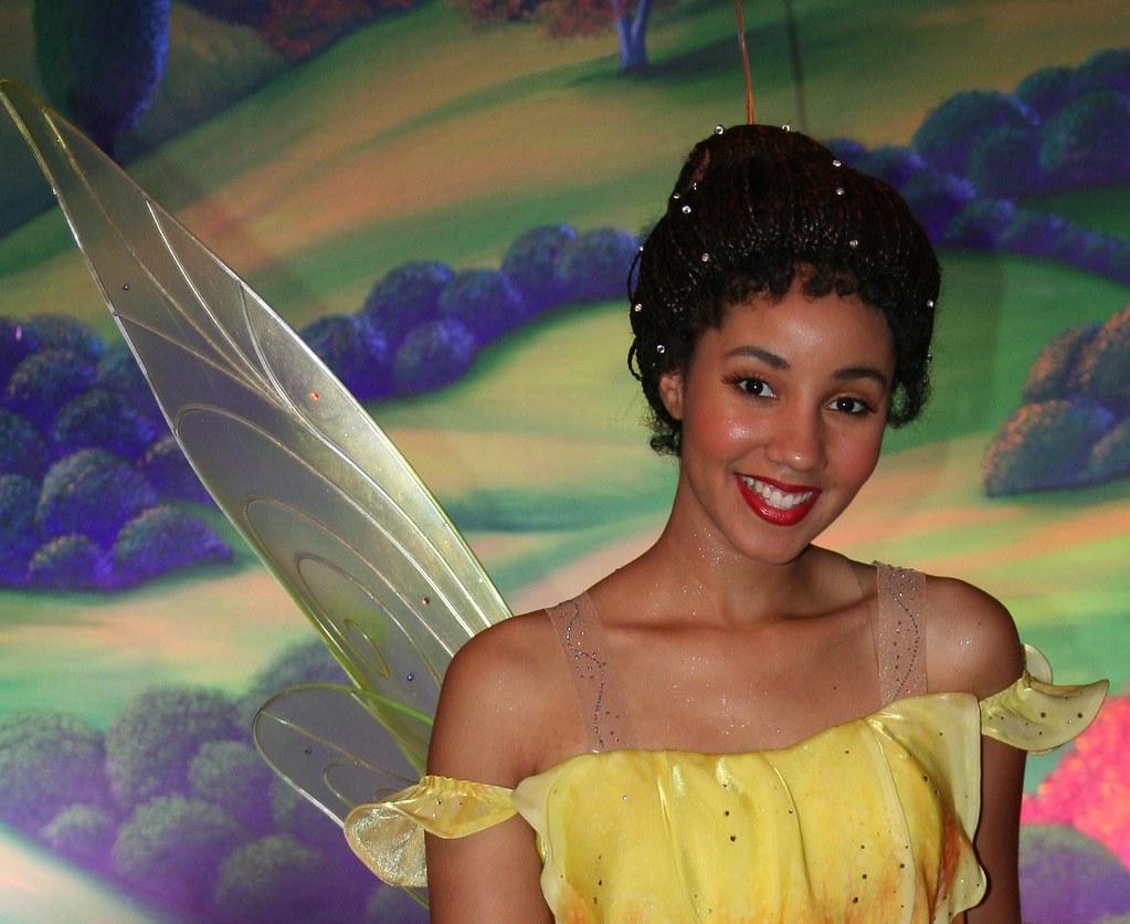iridessa disney fairy in the hall of fame toontown m