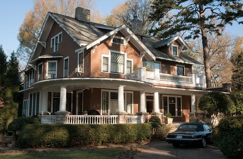 Shingle style home elizabeth charlotte north carolina for Craftsman homes in charlotte nc