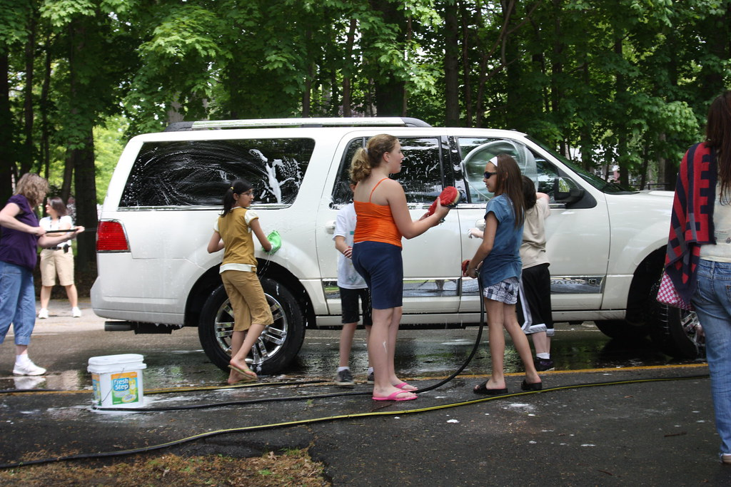 Lake Parsippany 5th Grade Students Host Car Wash The
