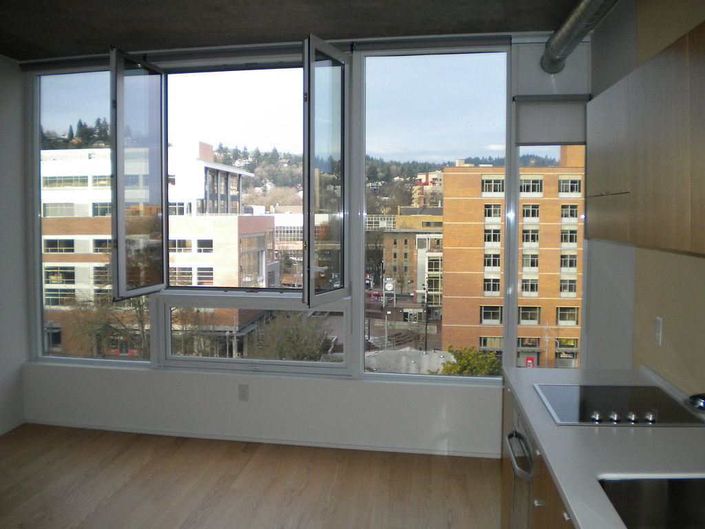Studio West: Luxury Apartments in Downtown Portland, OR-Cy ...