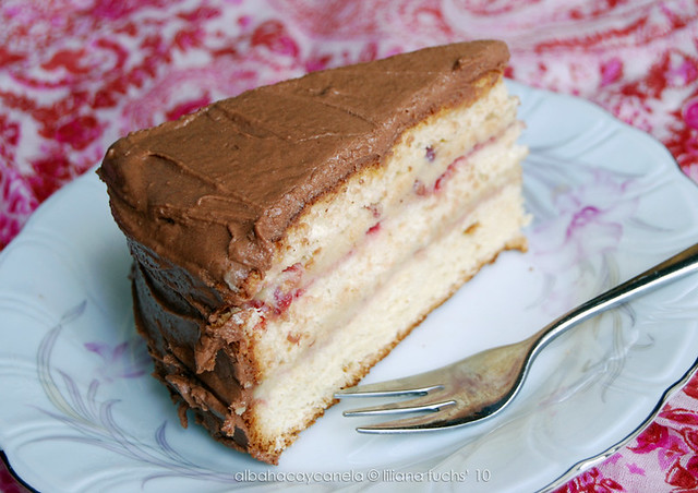 Vanilla Sponge Chocolate Cake
