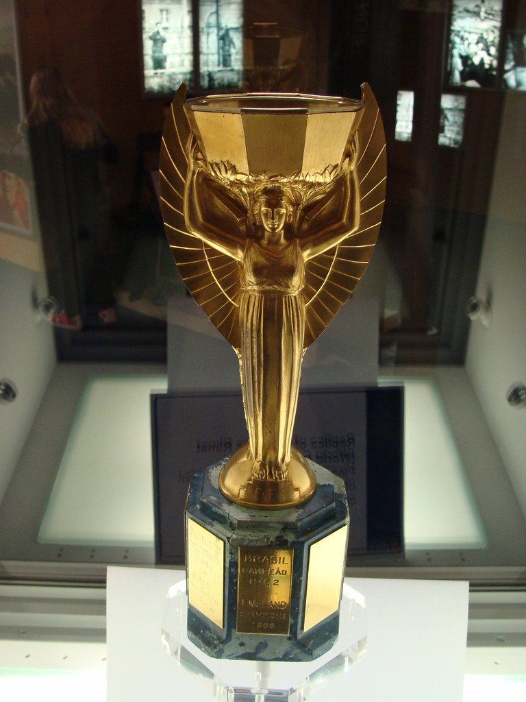 jules rimet trophy replica replica of the jules rimet. Black Bedroom Furniture Sets. Home Design Ideas