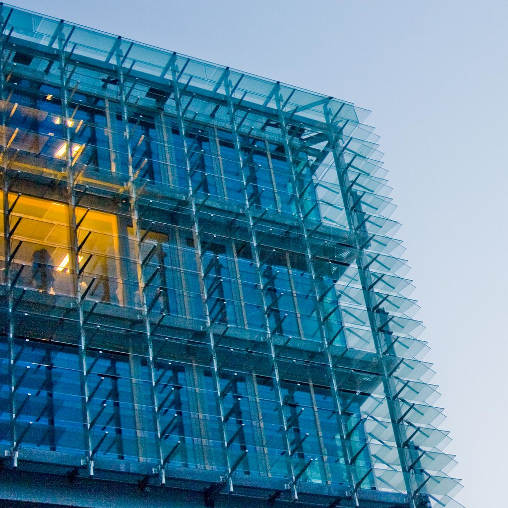 Interaction Of Curtain Wall Facade With Rest Of Building