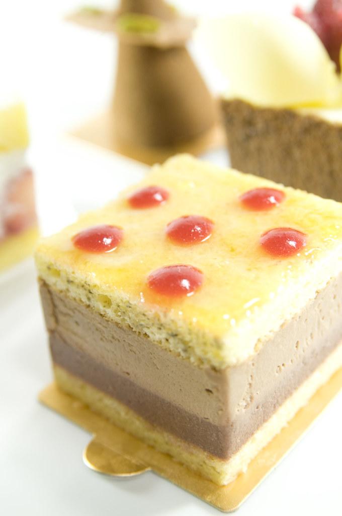 White Raspberry Cake Sweet Lady Jane