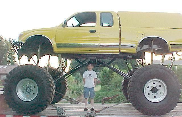 Toyota Tacoma Lift Monster Truck | Customsuspension.com buil