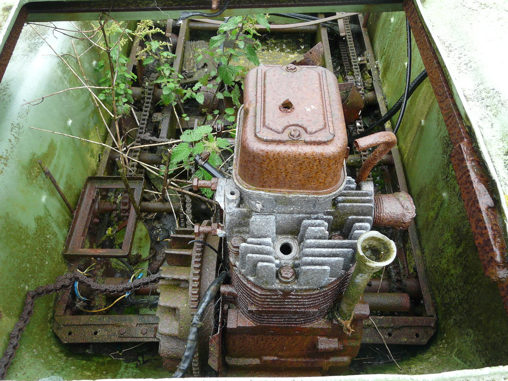 Argo Atv Engine Or Bits Of It Gregory Wake Flickr