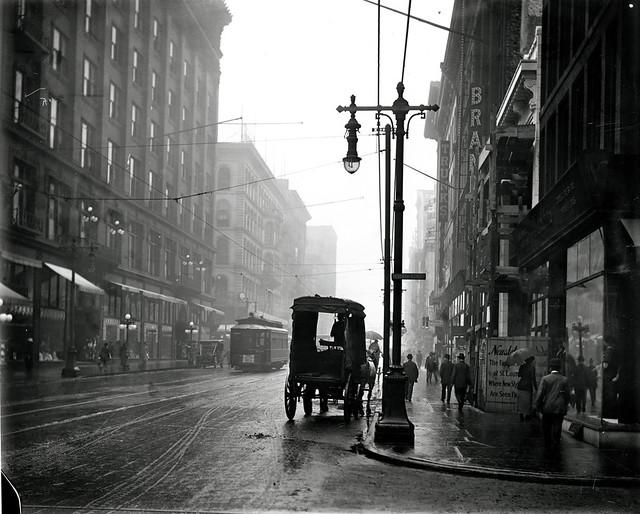 Washington Avenue east from Seventh Street