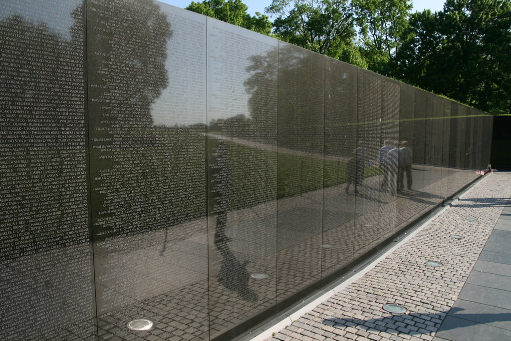 Vietnam War Memorial Wall | The Memorial Wall, Designed By M… | Flickr