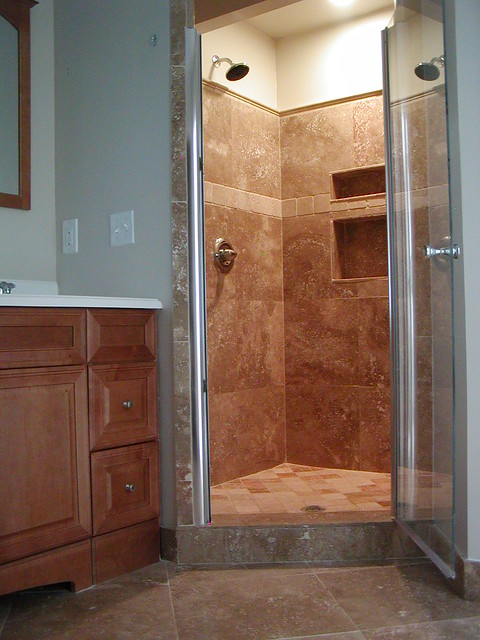 Bathroom remodel walk in shower explore for Bathroom redesign app