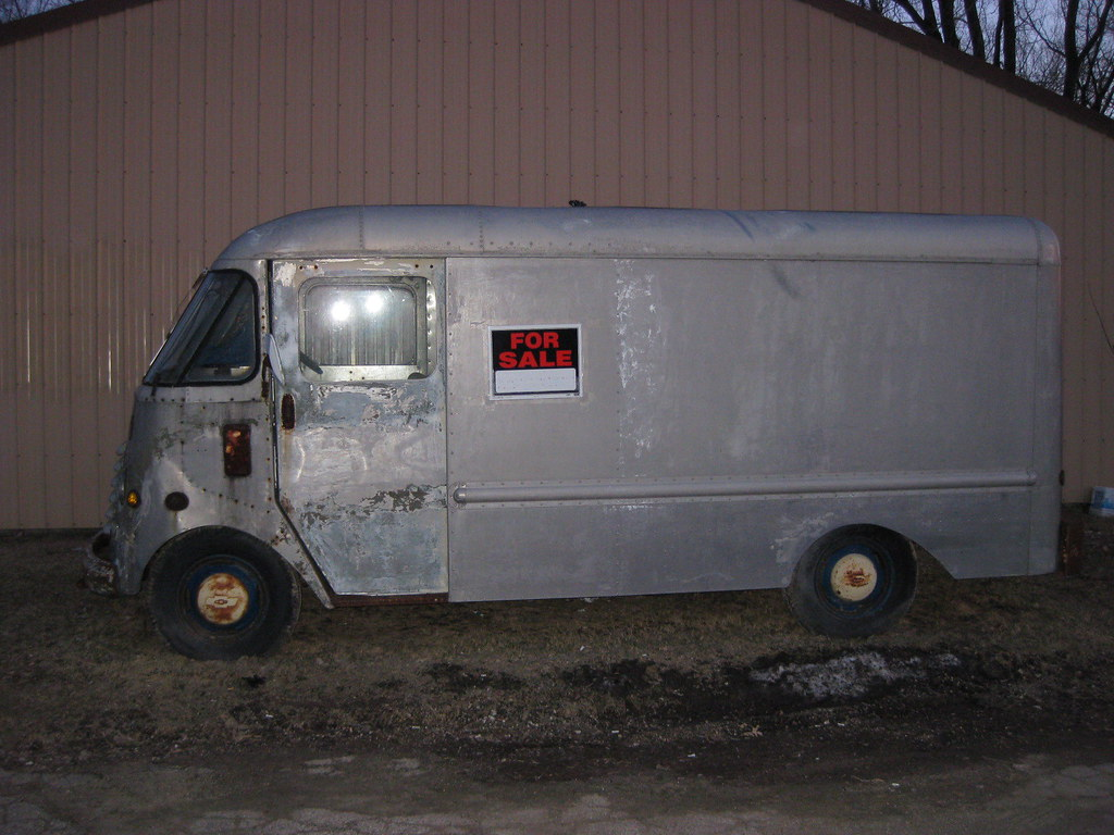 Old Bread Van, Step Van, Delivery Van | FOR SALE a few block… | Flickr