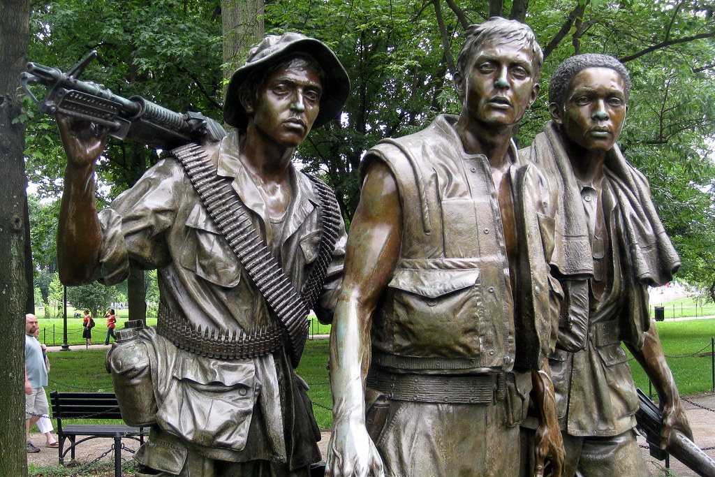 Washington Dc Vietnam Veteran S Memorial The Three Sold