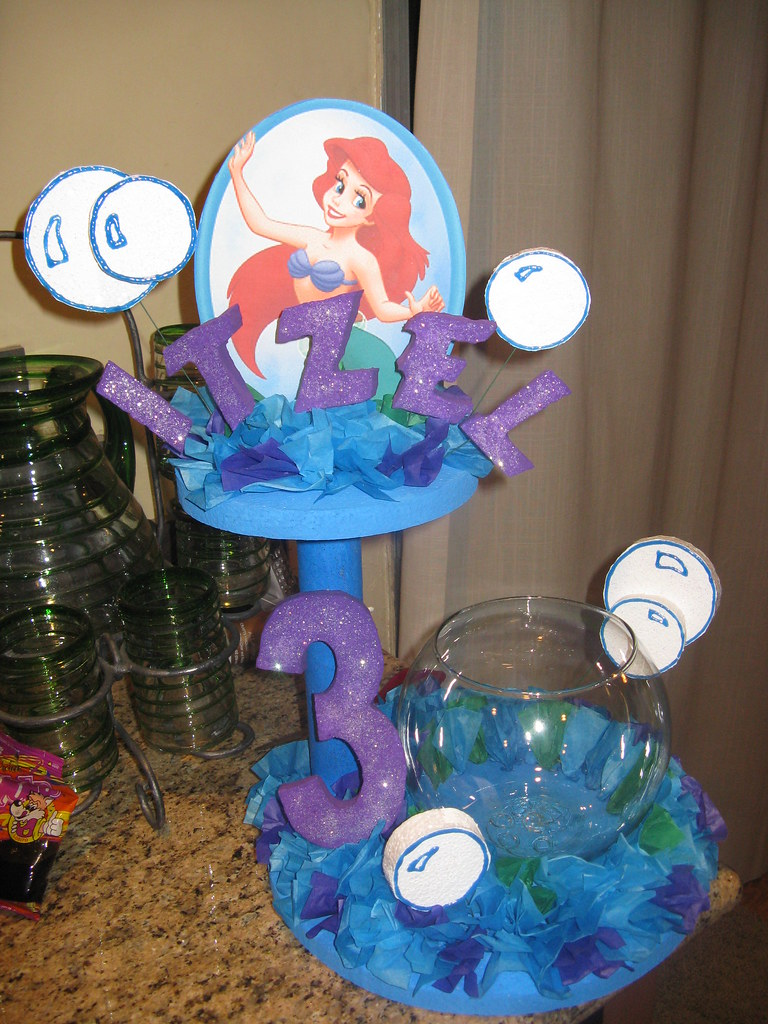 Little mermaid decorations i made this to decorate the for Ariel birthday decoration ideas
