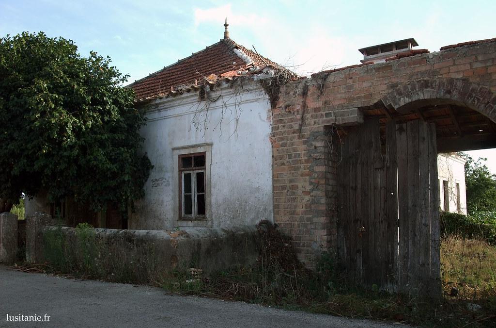 Encore une maison à l'abandon... dommage