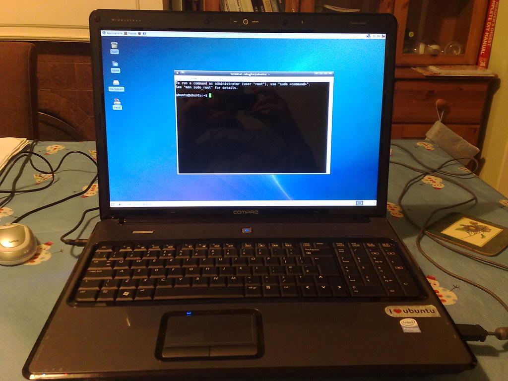 Hp   Laptop Office  Home Bundle Amd Quad Core