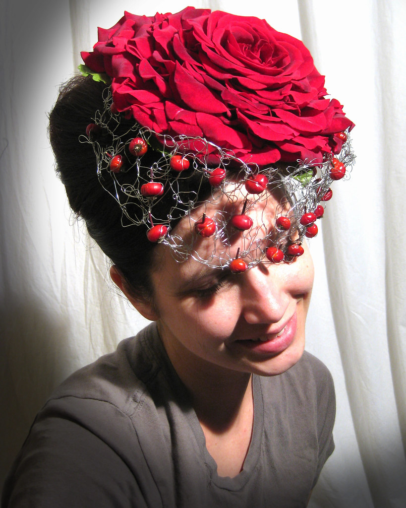 Как сделать цветок на шляпе