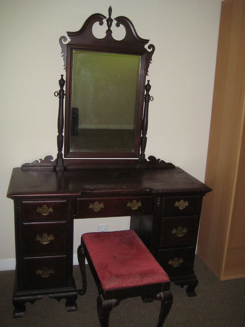 Kling Furniture Dresser Vanity Circa 1940s I M Going