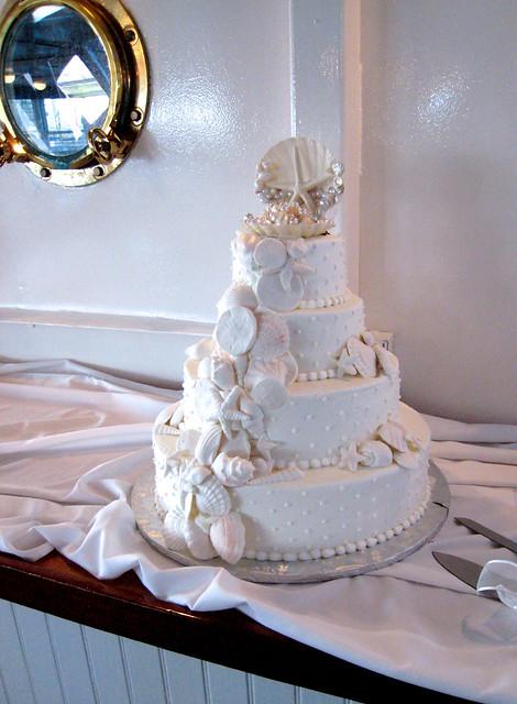 Wedding cakes brilliant blue aqua and turquoise cakes guaranteed to